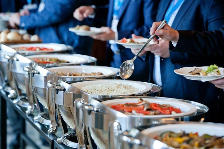 11 Best Wedding Food Ideas for Buffet Dinners